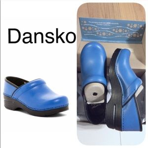 Dansko shoes Professional FREE GIFT INCLUDED R5